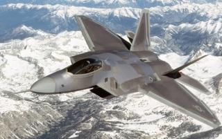 la-proxima-guerra-eeuu-traslada-f22-raptors-a-base-aerea-de-kadena-en-japon