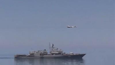 la-proxima-guerra-caza-ruso-repele-destructor-de-eeuu-en-mar-negro
